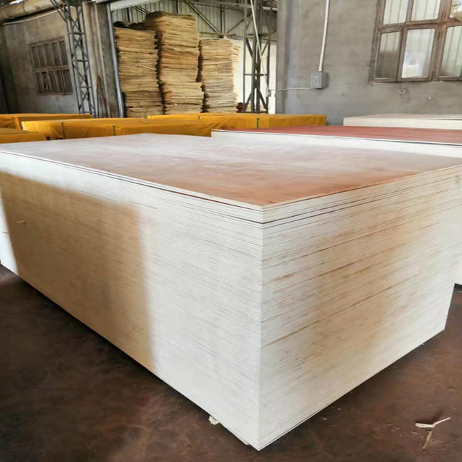 E1 Glue Okoume Plywood Furniture Decoration , Durable 9mm Plywood